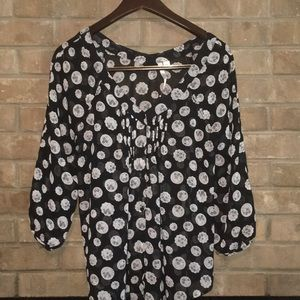 LC Lauren Conrad Sheer Top Button Down size M